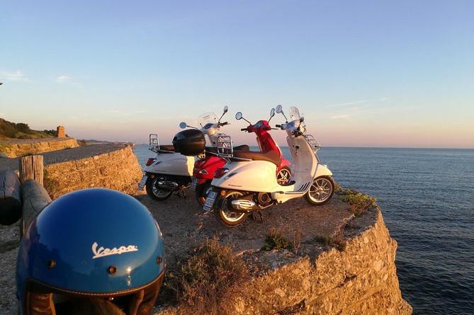 Vespa-tur og snorkling langs Trabocchi-kysten: Abruzzo Nature & Fun