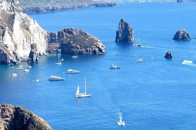 De eoliske øer dagstur fra Taormina: Lipari og Vulcano