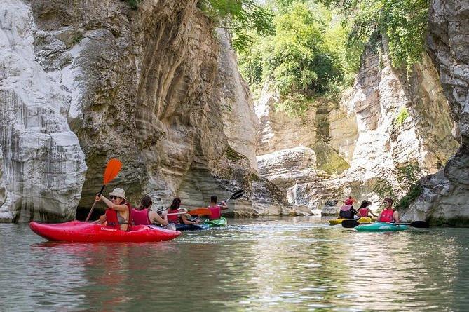 Canoe Adventure at the Marmitte dei Giganti