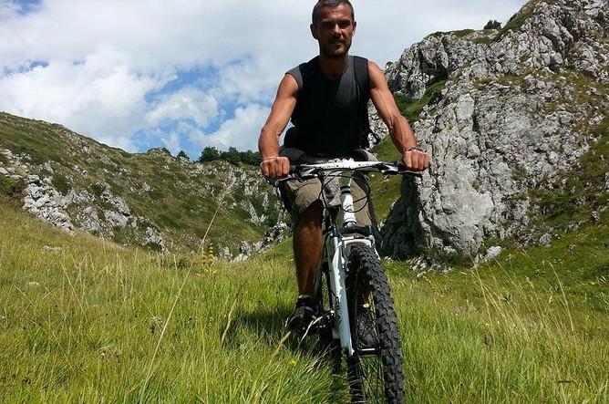 Abruzzo med E-cykel Selv guidet tur