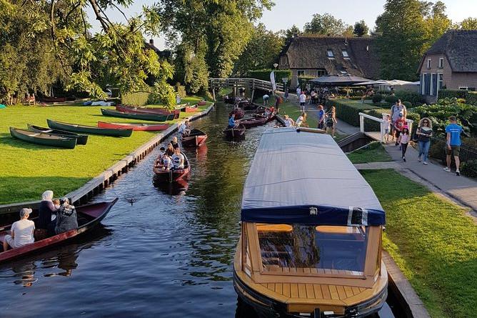 Giethoorn & Canal krydstogttur: Privat tur fra Amsterdam