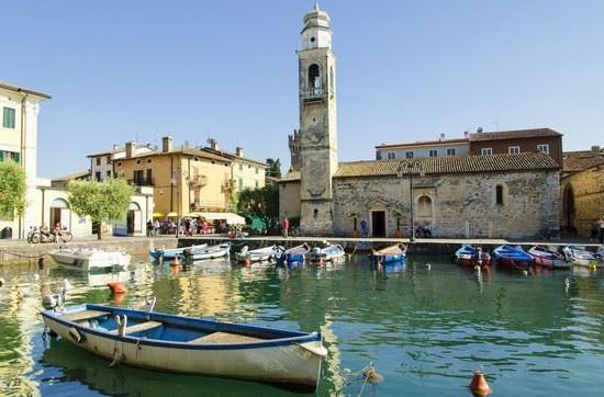 Lake Garda tour by coach & boat