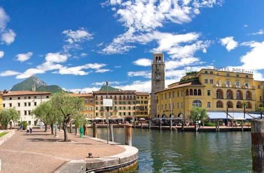Navigarda Round Trip: Riva-Malcesine-Limone-Riva
