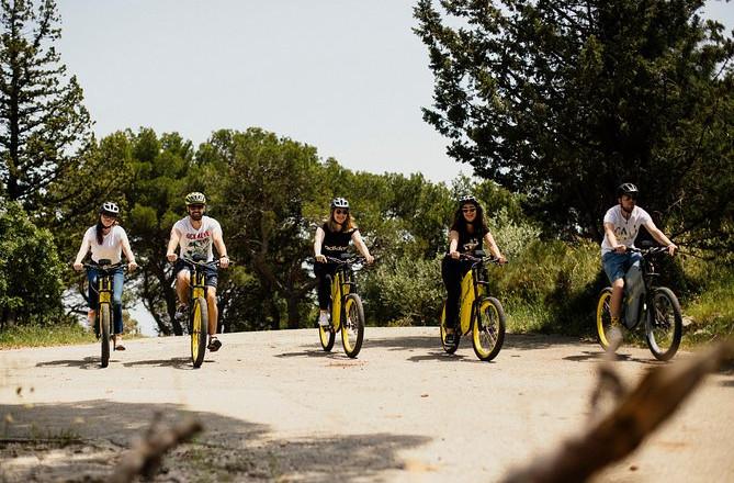 Udforsk Marjan Hill med Greyp E-Bike