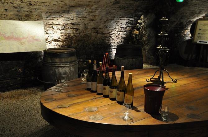Lille gruppe Bourgogne-tur med vinsmagninger fra Dijon