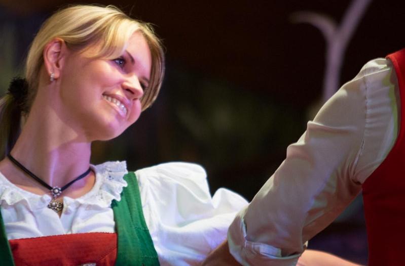 Tiroler aftenshow + valgfri middag