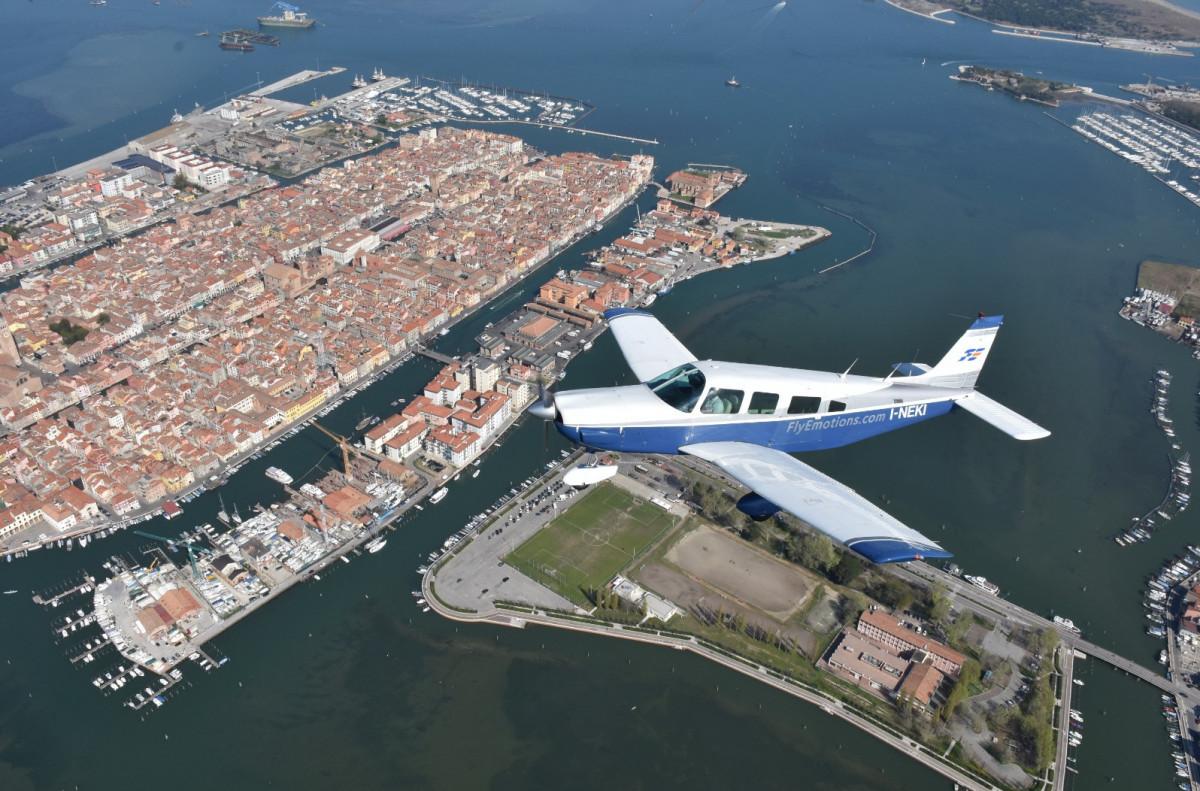 Tour panoramico in aereo sulla laguna di Venezia