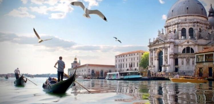 € 10 discount on Private Gondola ride 30' min.