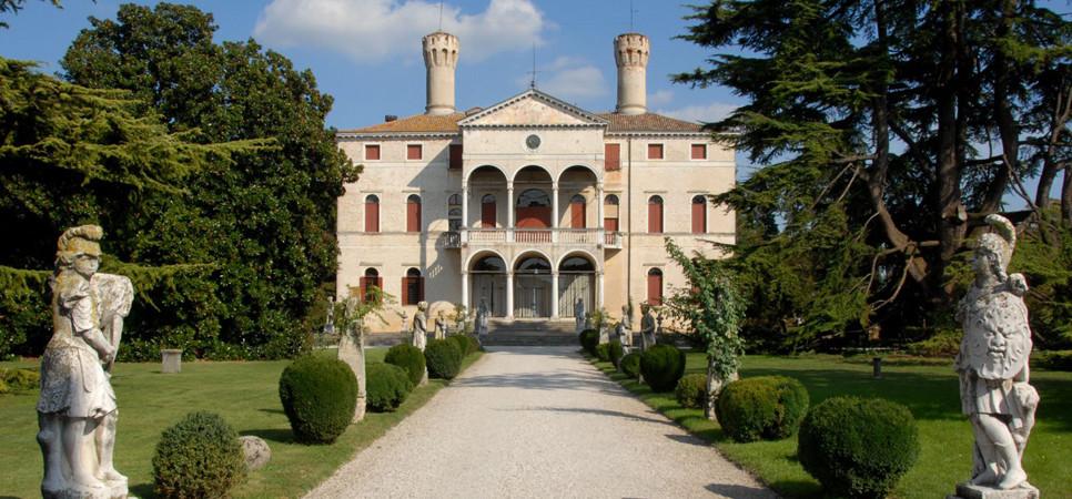 Castello di Roncade - Tour & Wine Tasting