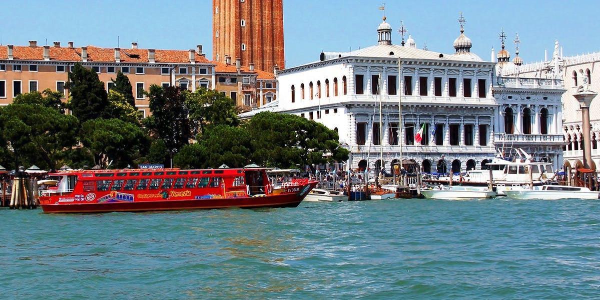 Barca Hop-On Hop-Off Venezia 48H