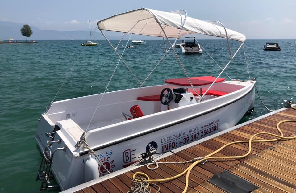 Electric boat  8 hours - Nautica Felice