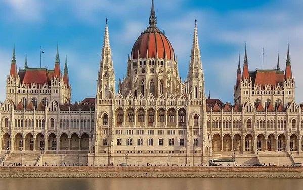 Det bedste af Budapest Combo: Ungarsk parlament og Donau-krydstogt