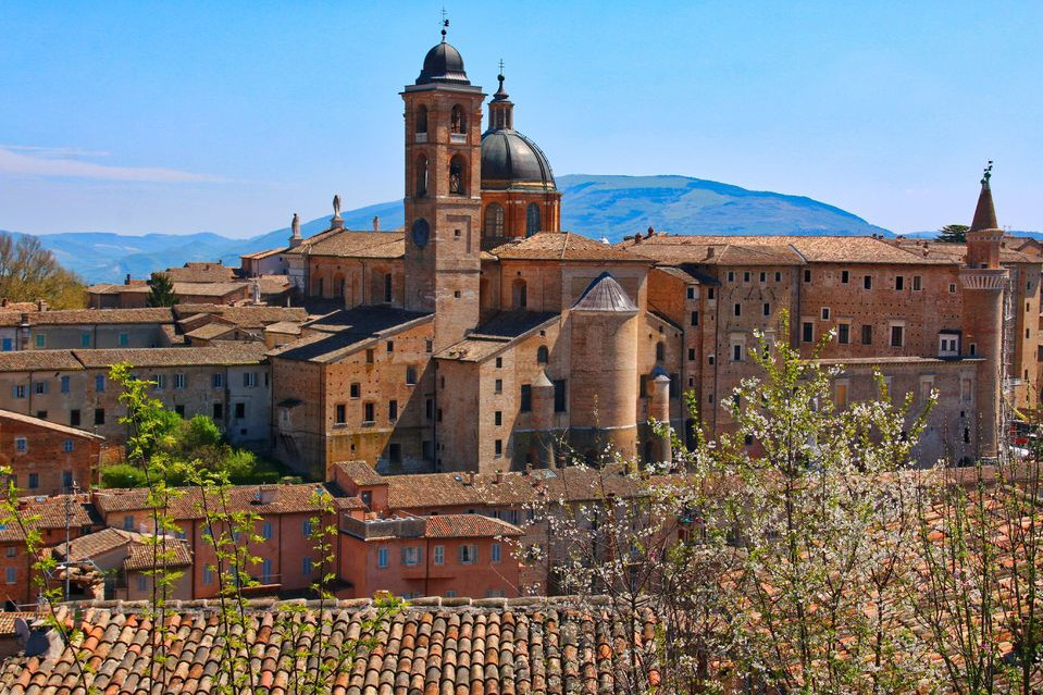 Urbino: Private Walking Tour w/ a Local Guide